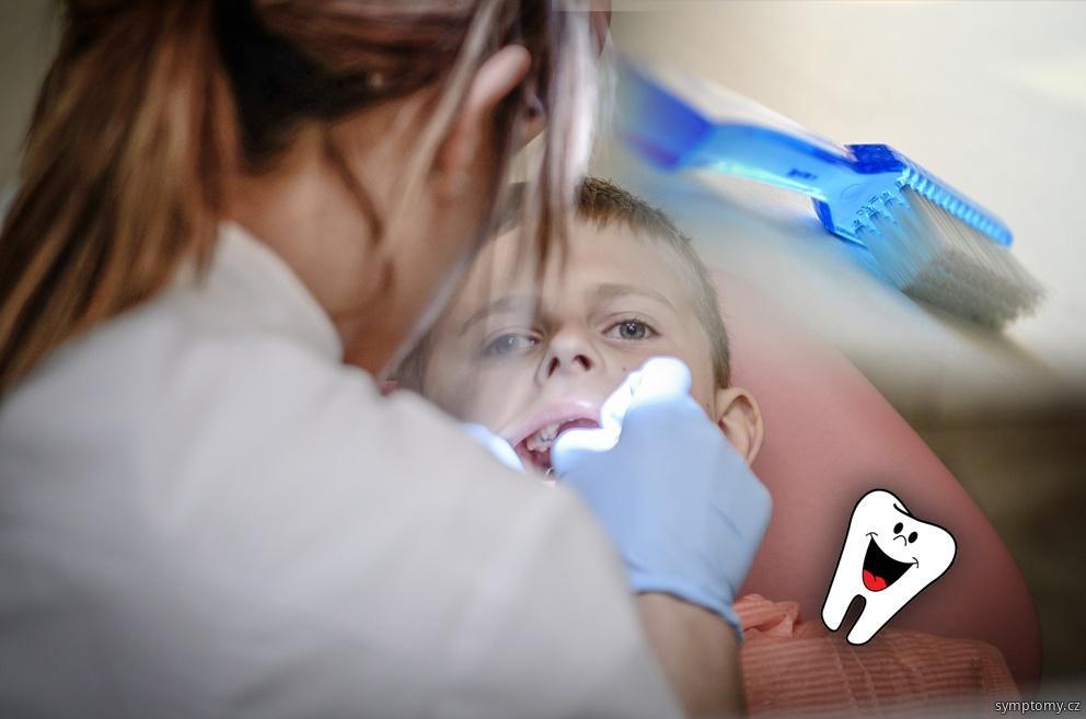 odumřelý zub