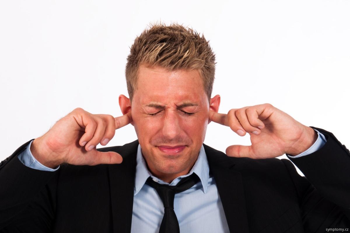Zvonění v uších (tinitus)